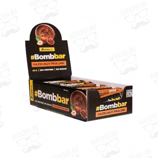 Батончик глазированный BOMBBAR Фундучное пралине (40г)